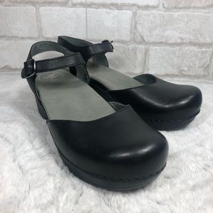Sam Leather Ankle Strap Mary Jane Clog Sandals